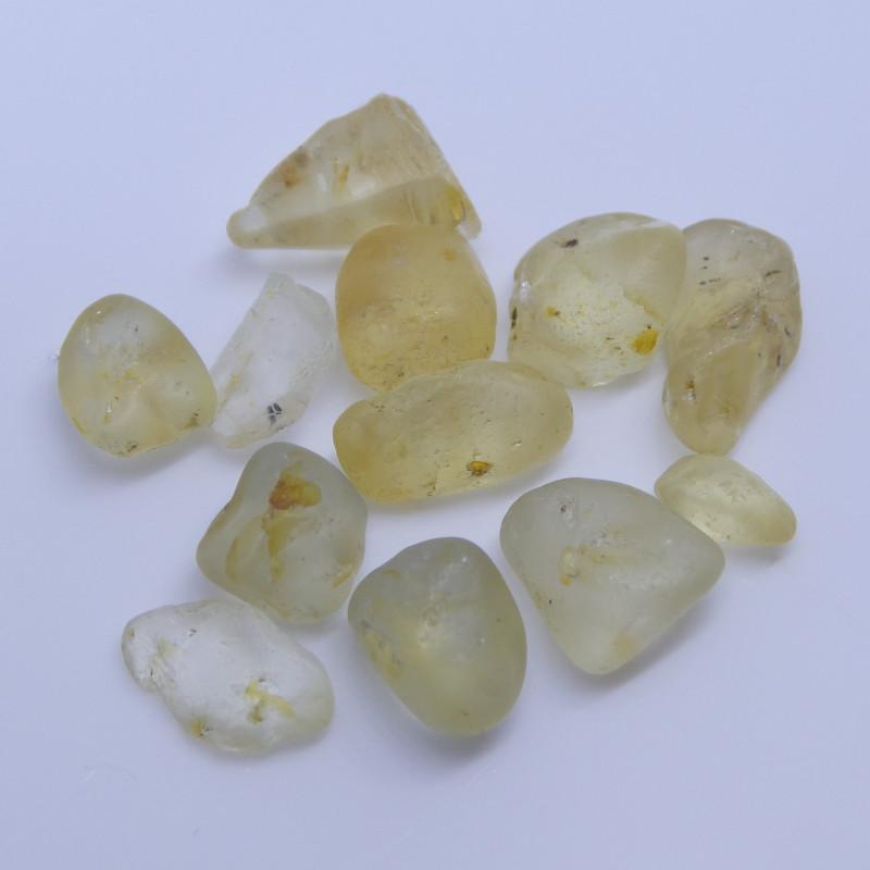 15.19 cts Rough Unheated Yellow Sapphire from Sri Lanka / Ceylon