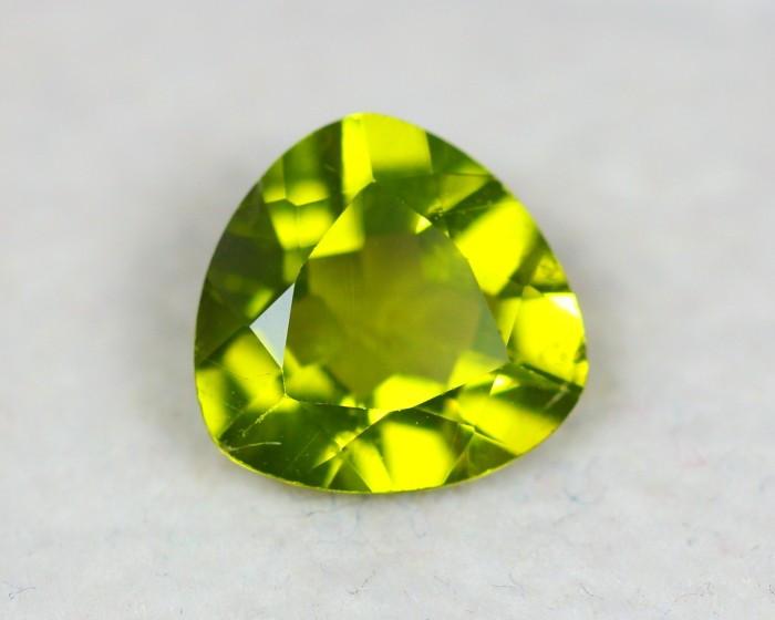 2.07Ct Natural Green Peridot Trillion Cut Lot LZ2038