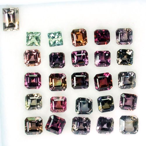 7.92 Cts Natural Color Change Sapphire 26 Pcs Square Madagascar