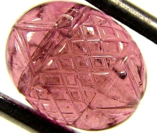 PINK TOURMALINE CARVING 3.5 CTS  FN 3743  (PG-GR)