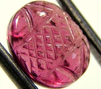 PINK TOURMALINE CARVING  3.5 CTS  FN 3748  (PG-GR)