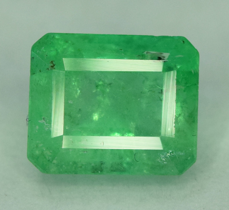 1.40  * Carats Natural Colombian Emerald Gemstone