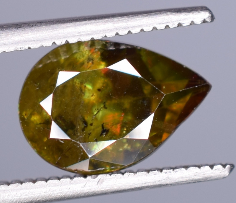1.95 Carats Top Fire  Natural Sphene Gemstones