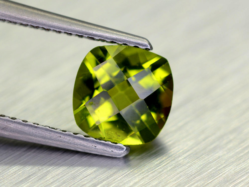 1.50 Cts Brilliant Natural Peridot,Burma
