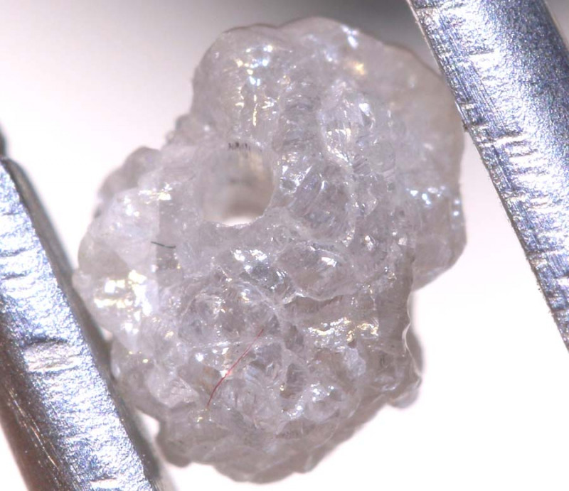 0.90 CTS ROUGH DIAMOND BEAD DRILLED SD-323