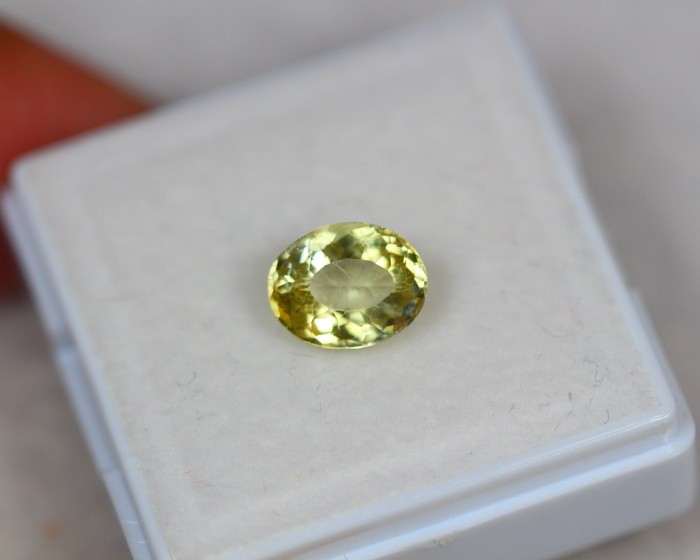 1.59Ct Natural Yellow Apatite Oval Cut Lot LZ6354