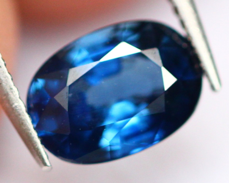 Blue Sapphire 0.90Ct Heated Only Peacock Blue Sapphire E0302