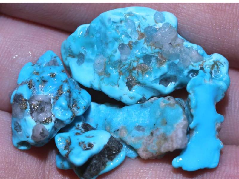 43.55 cts Castle dome Turquoise rough parcel   RG-3516