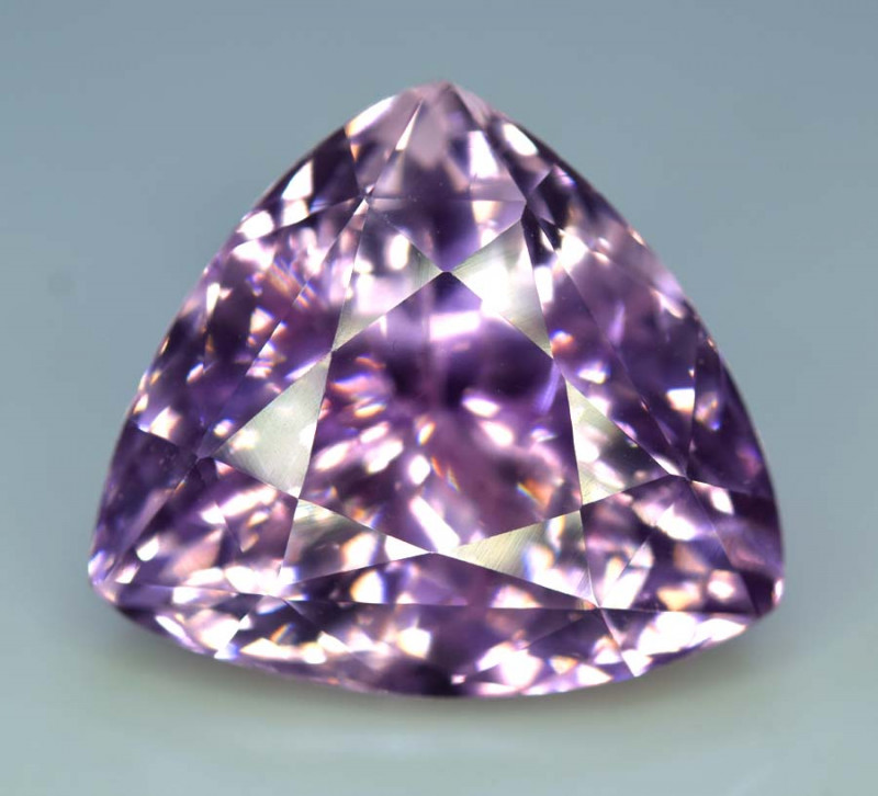 37.70 cts Natural Pink Kunzite Gemstone