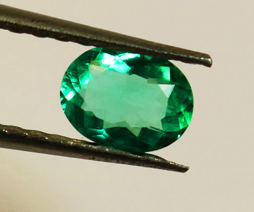 1.26 Ct Zambian Emerald High-End Stone