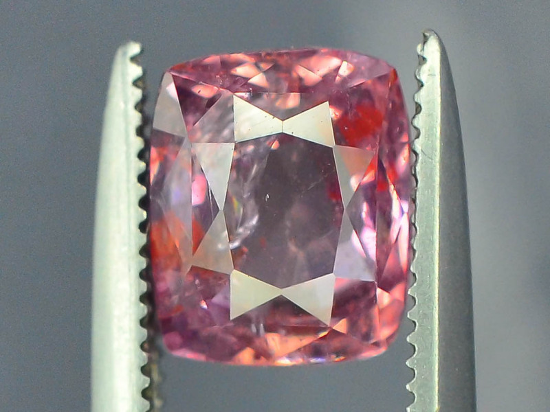 GGL ~ Certified  ~ 2.10 ct Untreated Light Pink Color Kashmir Sapphire ~ i