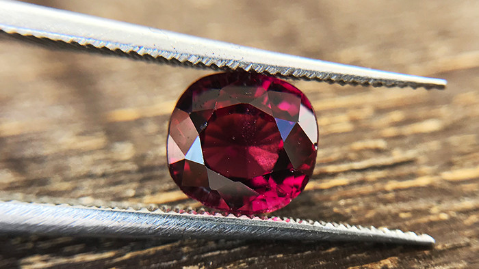 1.97ct - Rose Rhodolite Garnet