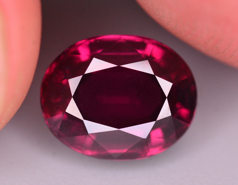 Rare 3.60 Ct Natural Grape Garnet From Mozambique