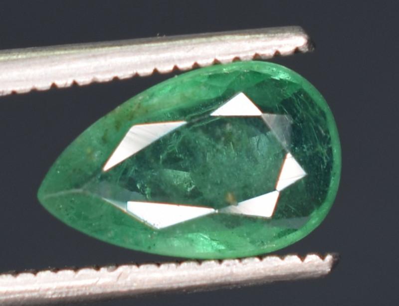 095 carrts Super Top Quality  Emerald Gemstone