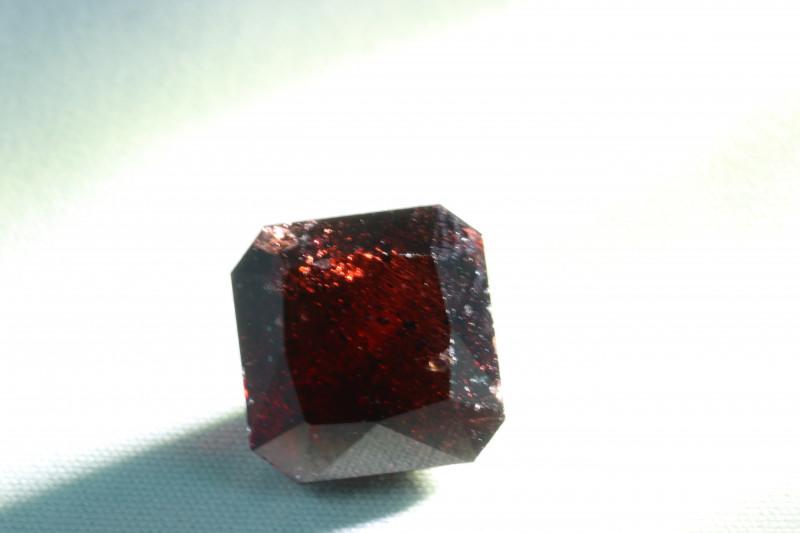 7.1 CTS - Natural Garnet  - Australia