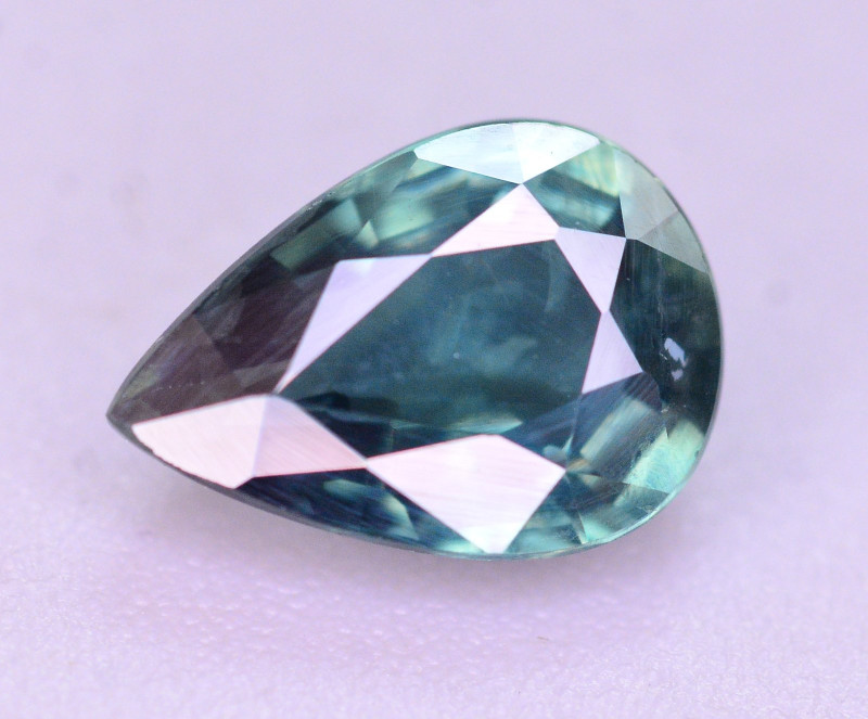 0.95 Ct Gorgeous Greenish blue Natural Sapphire