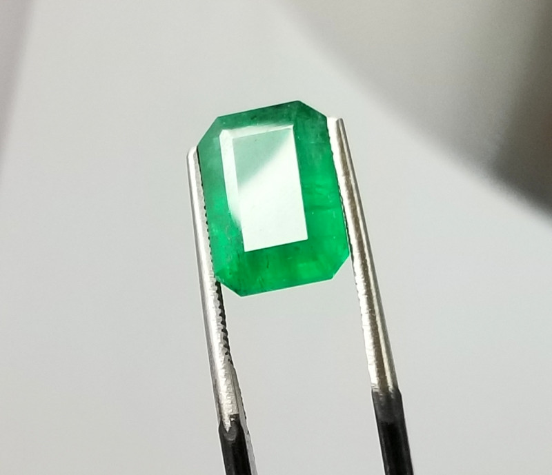 5.035 Cts  Natural  Emerald Sawat Pakistan