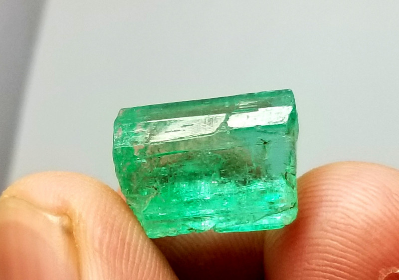11.90  Cts Natural Panjshire Afghanistan Emerald  crystal