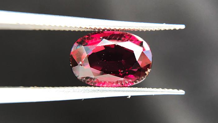 3.05ct - Rose Rhodolite Garnet