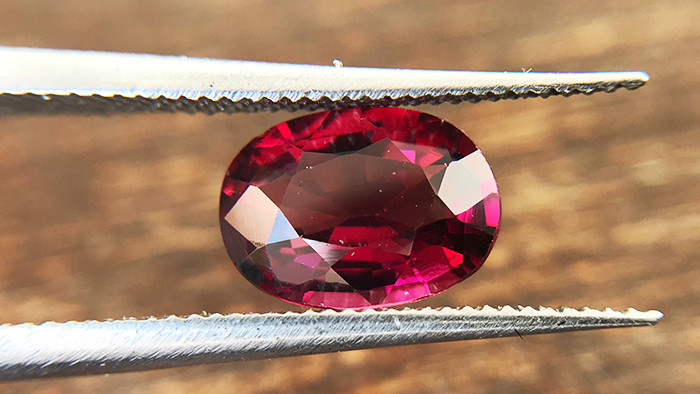1.50ct - Rose Rhodolite Garnet