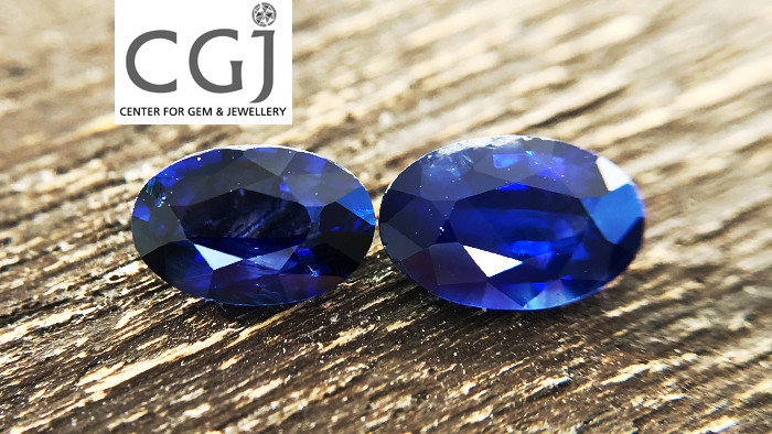 Certified - 1.38ct - Royal Blue Sapphire Pairs