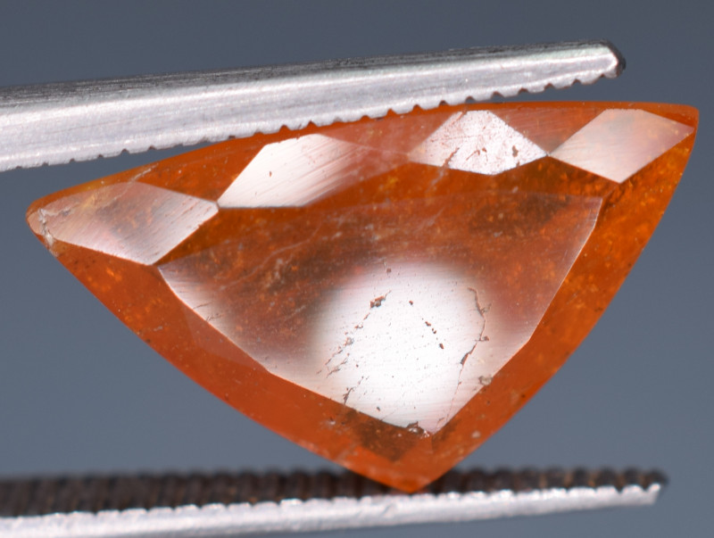 4.05 Carats Rare Clinohumite Gemstone