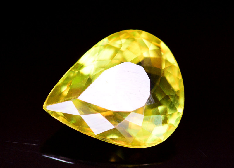 Top Fire 1.65 Ct Natural Tanzanian Sphene
