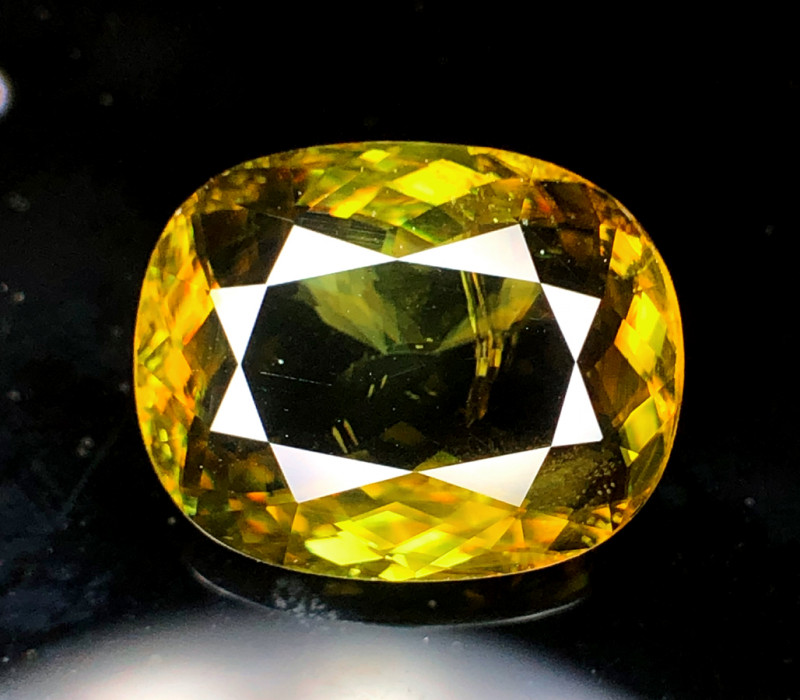 10.30  Carats Full Fire Sphene Titanite Gemstone