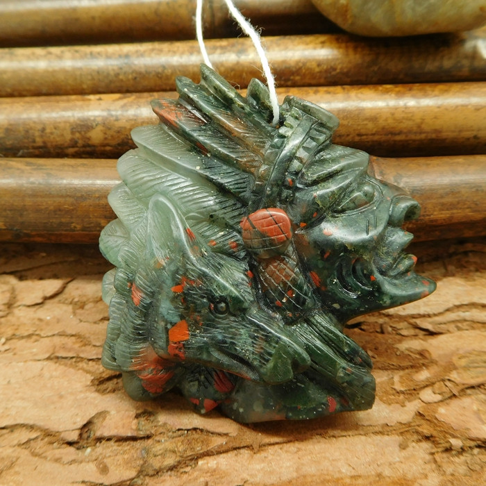 African bloodstone carving african tribe indian america human face bead wol