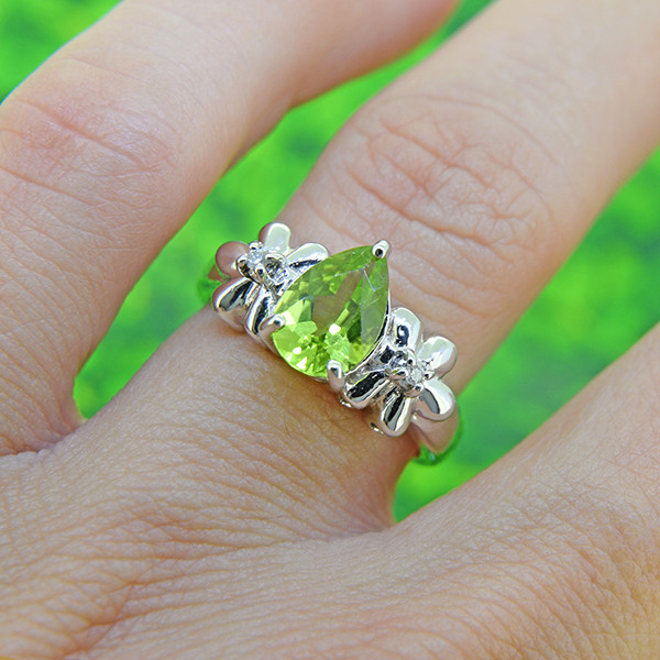 Natural Peridot 925 Sterling Silver Ring (SSR0056)