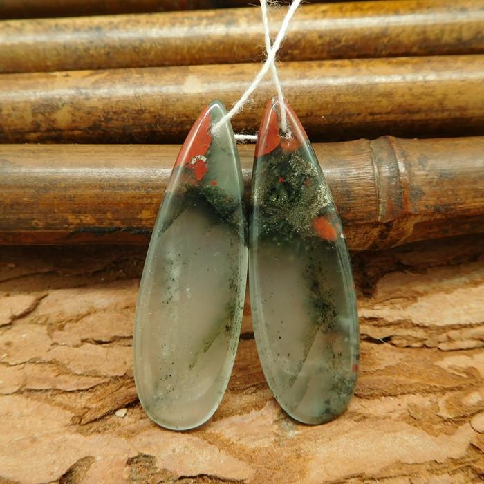 Teardrop shape african bloodstone cabochon pendant set earring for women (G