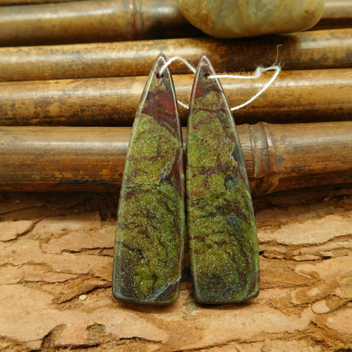 Dragon bloodstone triangle earring beads long earring cabochon pair(G0038)