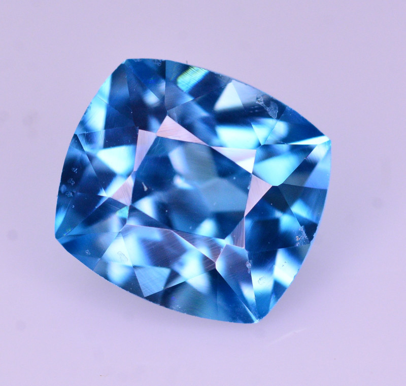 Superb Color 2.60 Ct Natural Vibrant Blue Zircon