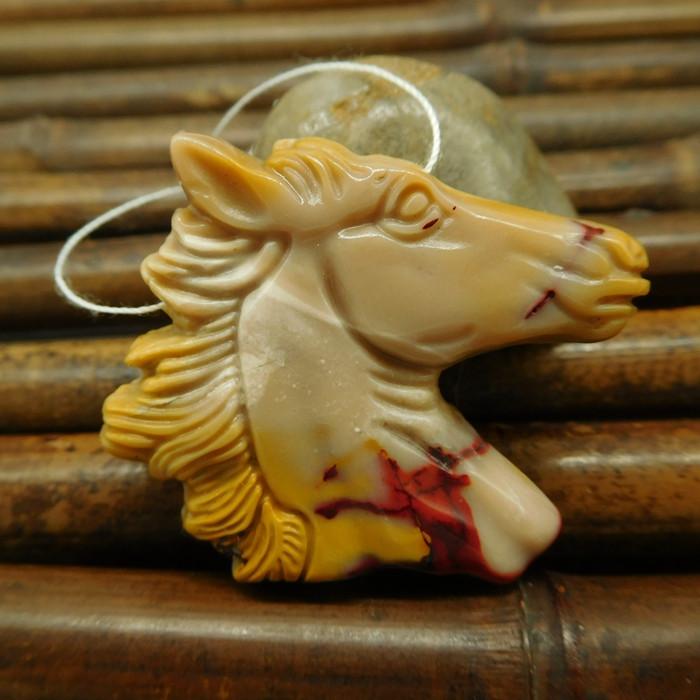 Gemstone Mookiate jasper handcrafted horse figure pendant for gift(G0072)