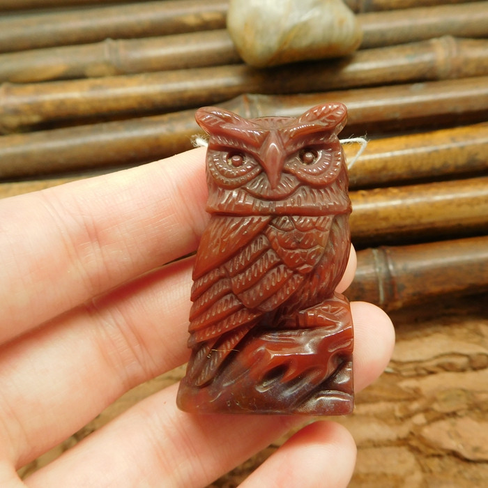 Red indian agate fancy agate caving owl bead animal spirit (G0085)