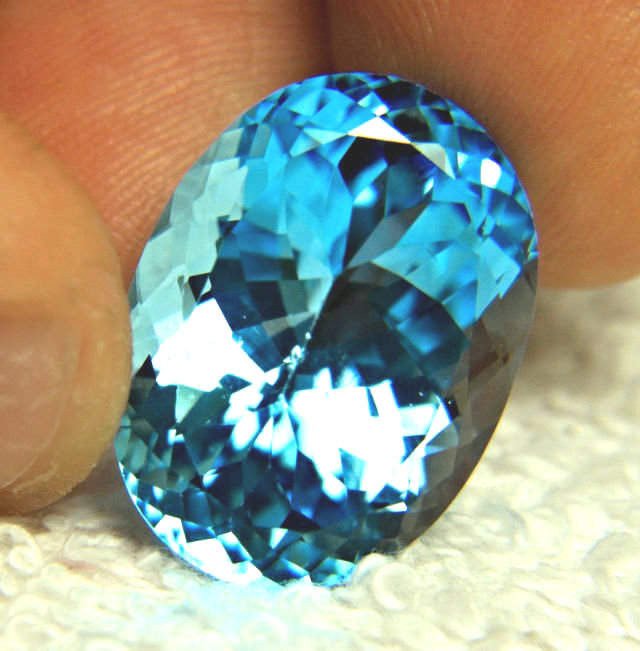 CERTIFIED - 35.0 Ct. Blue South American Topaz - Gorgeous