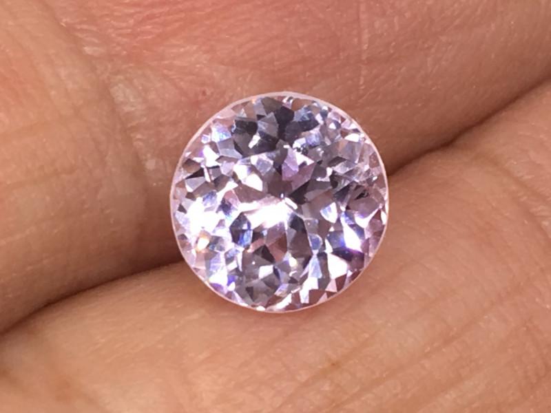 2.83 Carat VVS Kunzite Soft Pink Exquisite Precision Cut Quality !