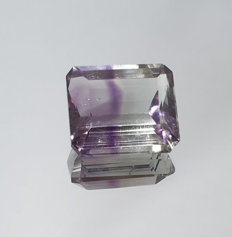 20.9 Ct Bicolor Amethyst Octagon 18.1x15.7mm(SKU 4)