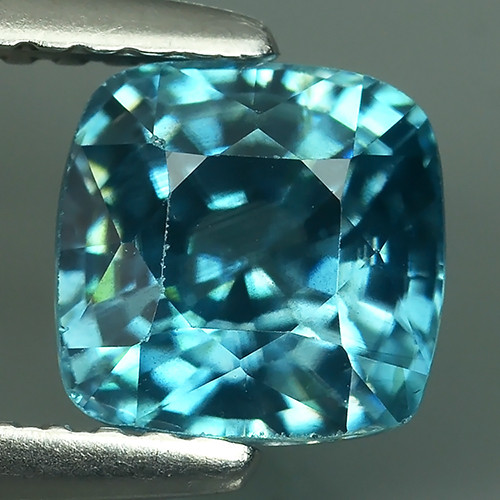 2.10 CtS AWESOME SPARKLE NATURAL NR..BEST BLUE ZIRCON