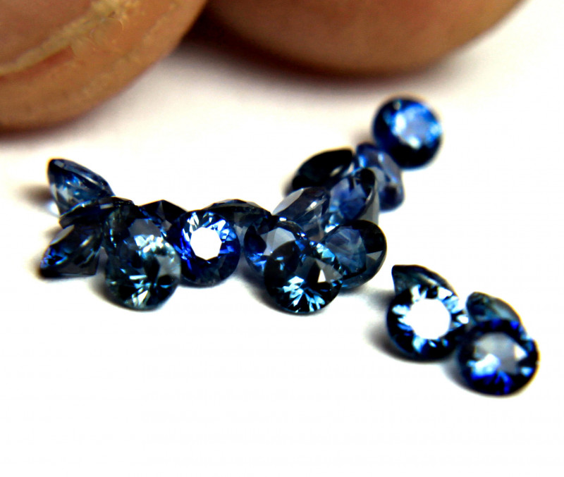 1.48 Tcw. Blue Sapphire VS Accents 2.5mm - 20pcs.
