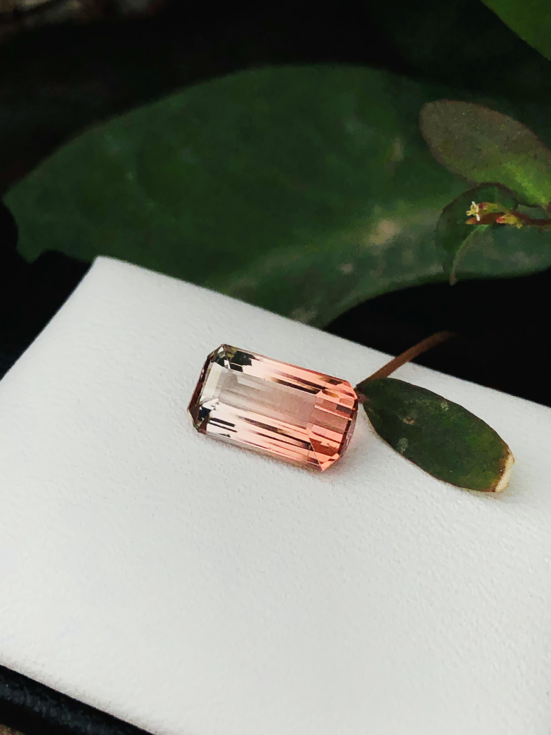 2 Ct Natural Bi Color Flawless Tourmaline Gemstone