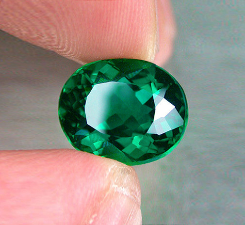Absolute High-End! 2.85 ct Exceptional Zambian Emerald Certified!