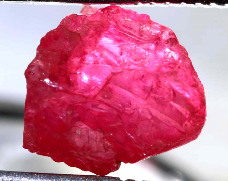2.15 CTS  SPINEL ROUGH CRYSTALS  BURMA    RG-3648