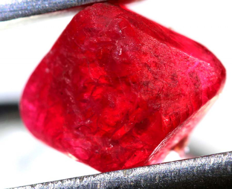 2.40 CTS  SPINEL ROUGH CRYSTALS  BURMA    RG-3650