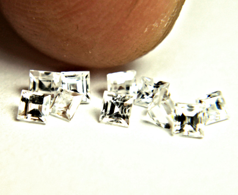 1.41 Tcw. Fancy Cut VS White Zircons - 10pcs - 2.5mm