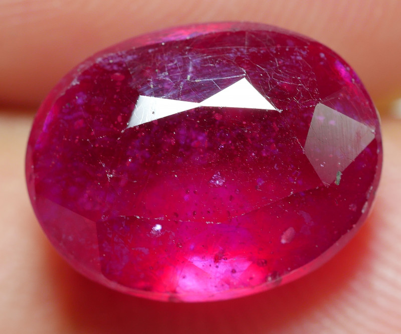 7.15 CRT BEAUTY RED BLOOD MADAGASCAR RUBY-
