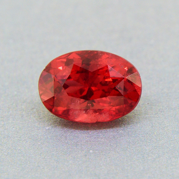 Natural, untreated Mahenge Spinel 1.06ct, vivid colour, good brilliance (01