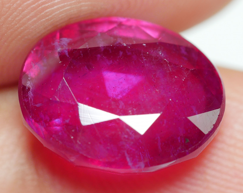 8.00 CRT BEAUTY RED BLOOD MADAGASCAR RUBY-