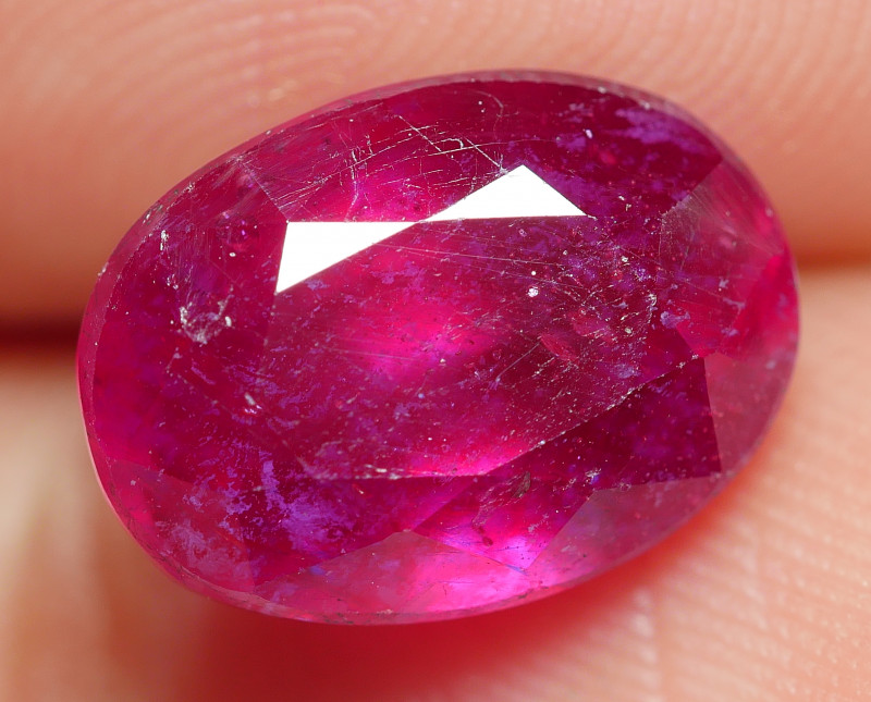 5.45 CRT BEAUTY RED BLOOD MADAGASCAR RUBY-