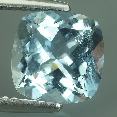 2.00 CTS ATTRACTIVE NATURAL TOP GRADE LUSTER BLUE AQUAMARINE